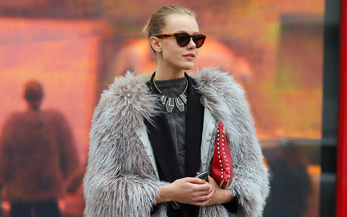 Life Saving Accessories: Black Sunglasses, Pearl Earings