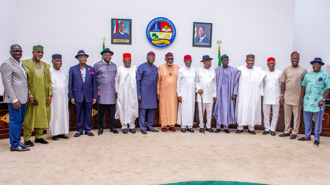 17 Southern governors ban open cattle grazing