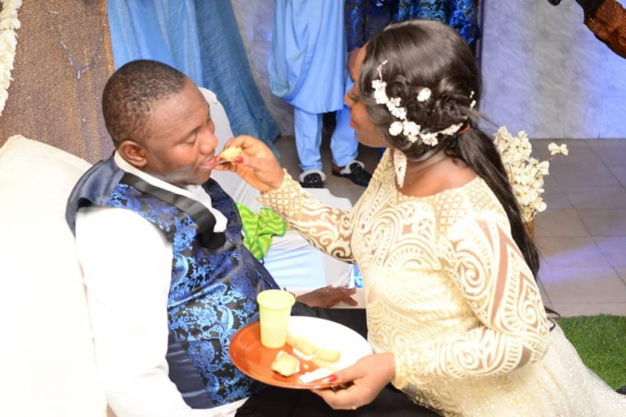 Pst. Ayodele, Top Journalists Storm Ogun as NEWSEXTRA Publisher Ties the Nuptial Knot